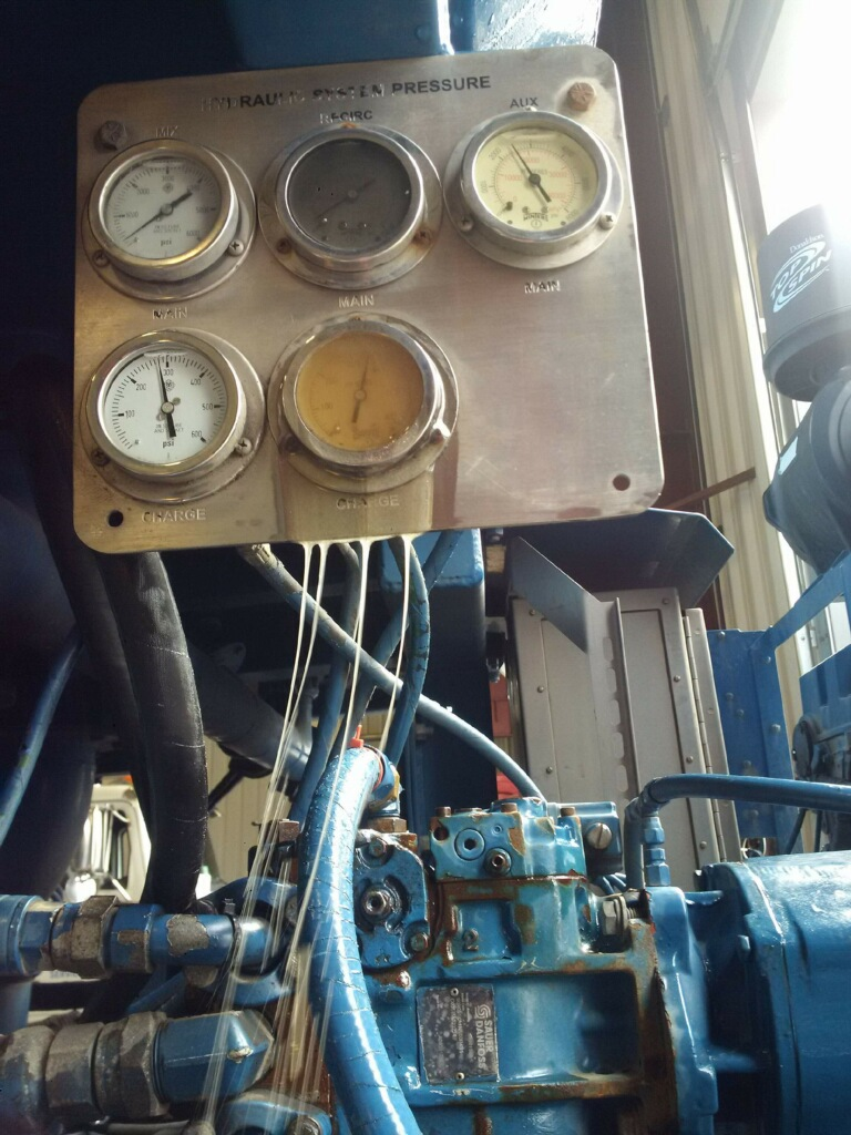hydraulic, fluid, leak, repair, service, gages